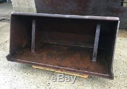 5ft 6in Tractor Loader Bucket VAT INCLUDED Very Heavy Duty Excellent Condition