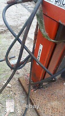 Browns heavyduty log splitter 3 point linkage or bolt down