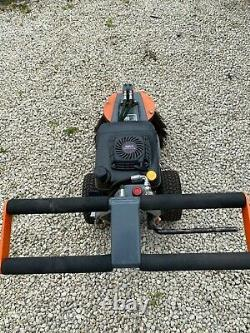 Cubb weed brush/ sweeper, paving and block driveway demosser -great condition