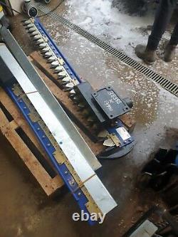 Digger Hedge Trimmer 1.8m Heavy Duty hydraulic Finger Bar Cutter Mower, kubota