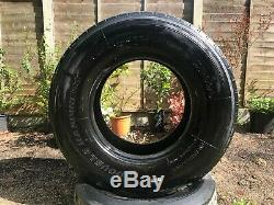 Heavy Duty Tractor Lorry Tyre for Flipping / Hammering Home Gym Fitness