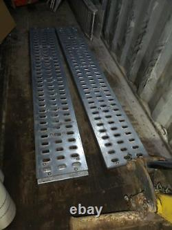 Heavy Duty Trailer Loading Ramps For Plants Tractor Digger Forklift And Etc