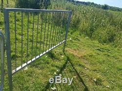 Livestock hurdles Heavy duty galvanised steel