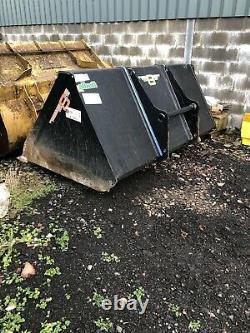 Manitou Telehandler 8ft Albutt Heavy Duty Grain, Woodchip, Waste Bucket