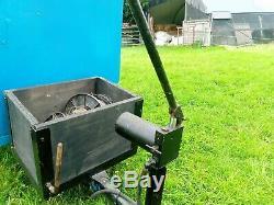 Trailer. Tipper. For quad or garden tractor. Heavy duty. Hand crank hydrolic
