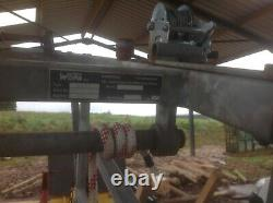 Wopa mobile Galvanised hoof trimming cattle crush