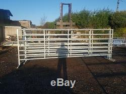 4 X 15' Cattle Autoportantes Cour Portes Lourds