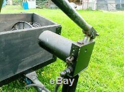 Bande Annonce. Benne. Pour Quad Ou Tracteur De Jardin. À Toute Épreuve. Manivelle Hydrolique