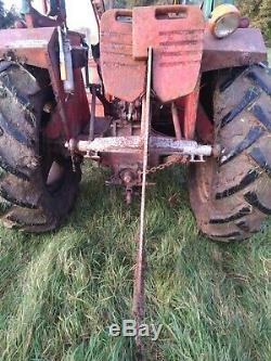 Décompacteur. Mole Plough. Tracteur. Ferguson. Aérateur. Drainage. Champ. Paddock