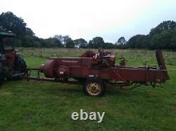 Massey Ferguson 20 Baler. Pièces De Rechange Ou Réparation. Tracteur. Agriculture. L'agriculture. Le Foin