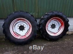 Robuste Tracteur Rowcrop Et Jantes Full Set. (14,9 X 30 Et 14,9 X 46)