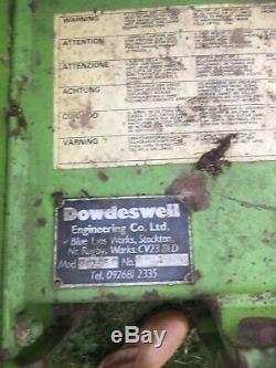 Rotavator Pour Charges Lourdes Dowdeswell, Entraîné Par Un Tracteur